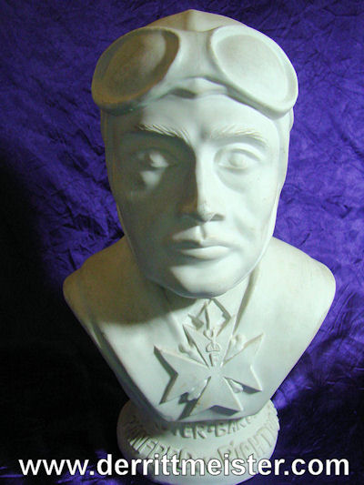 BUST OF RITTMEISTER MANFRED von RICHTHOFEN - Imperial German Military Antiques Sale