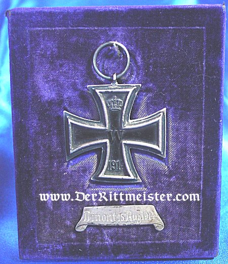 EARLY WAR AWARD OF THE 1914 IRON CROSS 2nd CLASS IN A DISPLAY EASEL - Imperial German Military Antiques Sale