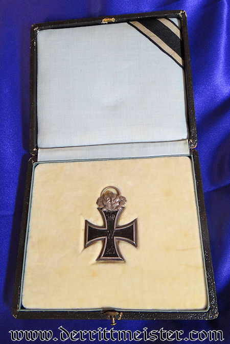 1870 IRON CROSS 2nd CLASS WITH 25-YEAR OAK LEAVES - DELUXE PRESENTATION CASE - Imperial German Military Antiques Sale