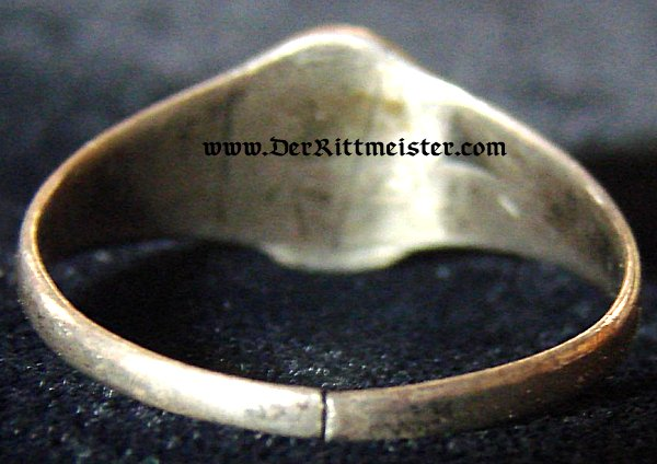 PATRIOTIC RING - IRON CROSS - Imperial German Military Antiques Sale