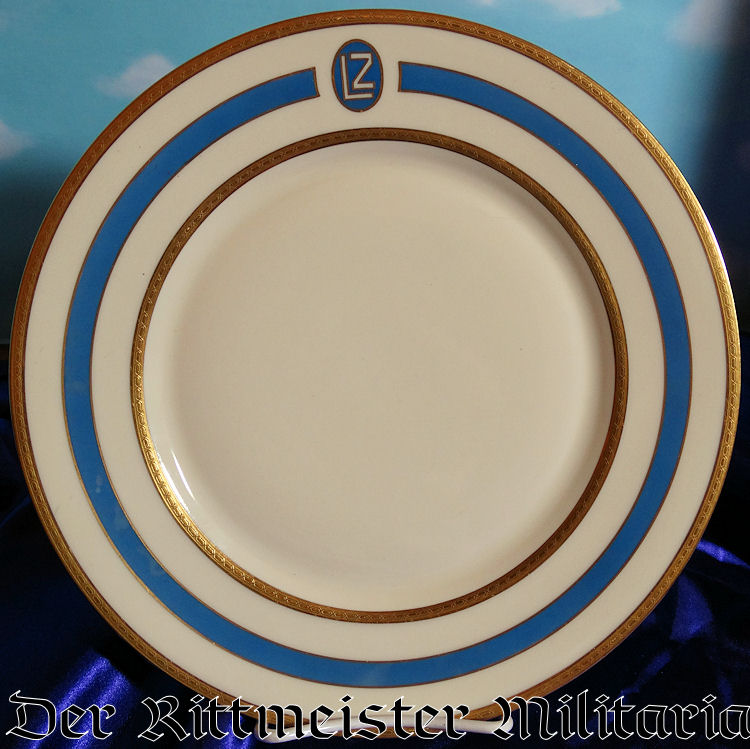 DINNER PLATE FROM AIRSHIP GRAF ZEPPELIN LZ-127's ONBOARD SERVICE - Imperial German Military Antiques Sale