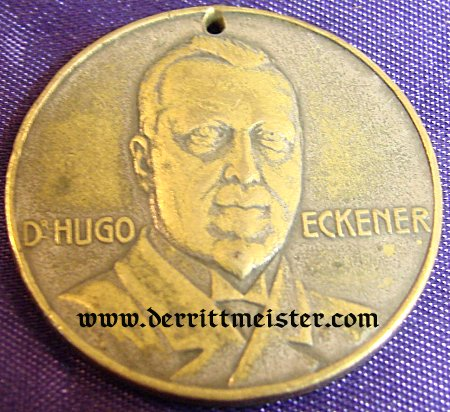HUGO ECKNER - SMALL TABLE MEDAL - BRONZE - Imperial German Military Antiques Sale
