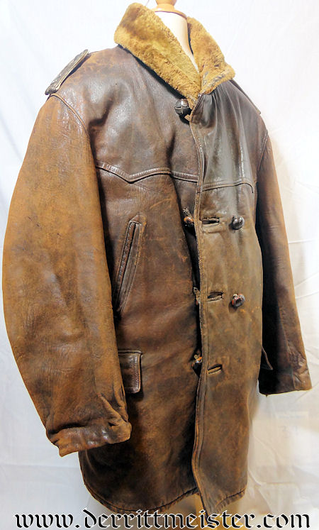 IDENTIFIED ARMY LUFTSCHIFFER BATAILLON LEUTNANT'S LEATHER FLYING COAT - Imperial German Military Antiques Sale