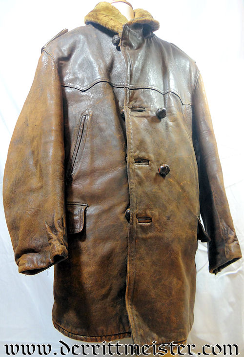 ZEPPELIN - LEUTENANT - ARMY - LUFTSCHIFFER BATAILLON  - LEATHER FLYING COAT - Imperial German Military Antiques Sale