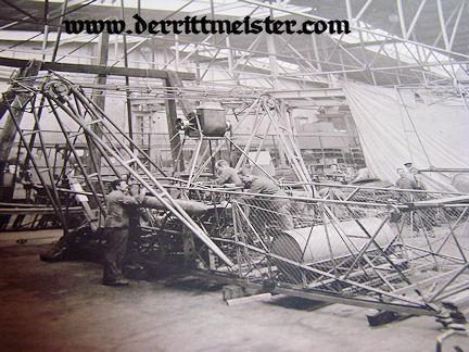 LARGE-FORMAT PHOTOGRAPH - HANGER - MECHANICS - ZEPPELIN ENGINES - Imperial German Military Antiques Sale