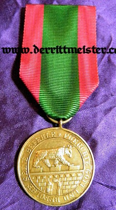 HOUSE ORDER - ALBERT THE BEAR GOLDEN SERVICE MEDAL - ANHALT - Imperial German Military Antiques Sale