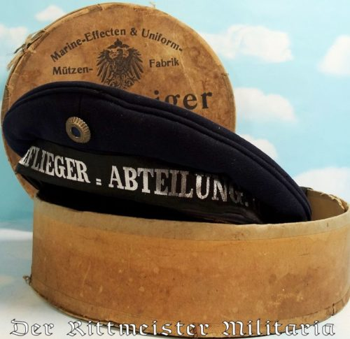 ENLISTED II SEEFLIEGER=ABTEILUNG. II. SAILOR'S MÜTZE IN ORIGINAL STORAGE CARTON - Imperial German Military Antiques Sale