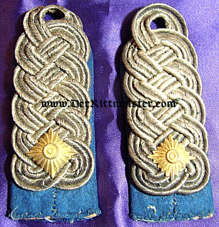 PAIR OF OBERSTLEUTNANT SHOULDER BOARDS - HUSAREN-REGIMENT OR ULANEN-REGIMENT - SAXONY - Imperial German Military Antiques Sale