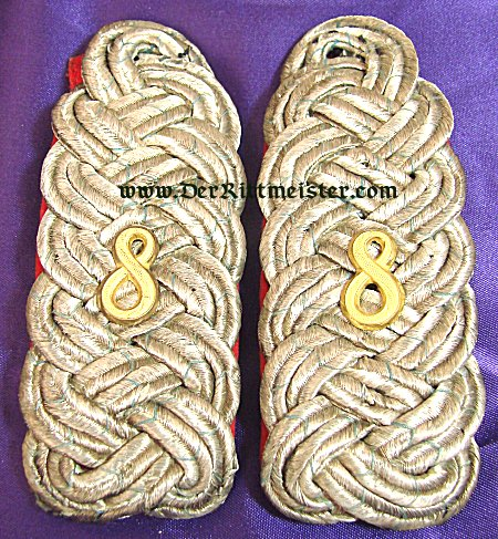 PAIR OF SHOULDER BOARDS FOR A MAJOR - INFANTERIE-REGIMENT Nr 8 - BAVARIA - Imperial German Military Antiques Sale