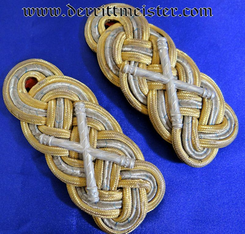 PAIR OF GENERALFELDMARSCHALL SHOULDER BOARDS - BAVARIA - Imperial German Military Antiques Sale