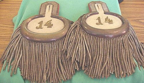 INFANTERIE-REGIMENT Nr 14 MAJOR'S EPAULETTES WITH ORIGINAL STORAGE BOX - PRUSSIA - Imperial German Military Antiques Sale