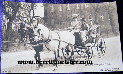 POSTCARD - KRONPRINZESSIN CECILIE DRIVING SMALL CARRIAGE - Imperial German Military Antiques Sale
