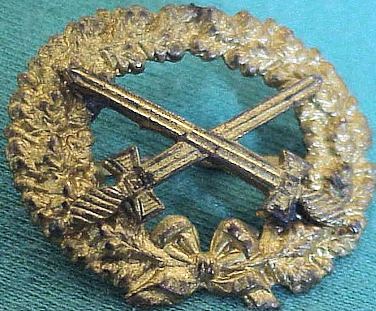 PATRIOTIC PIN  - FOR A CAP - Imperial German Military Antiques Sale