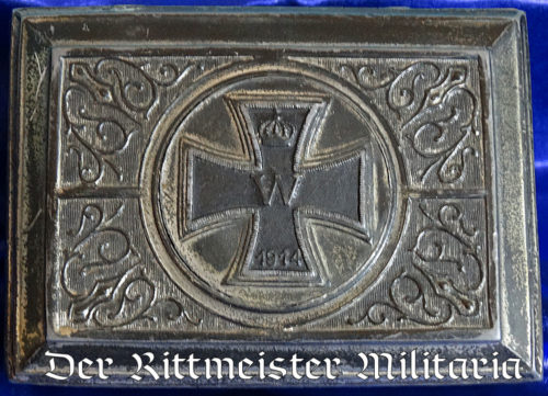 SMALL METAL BOX FEATURING 1914 IRON CROSS ON OUTER LID - Imperial German Military Antiques Sale