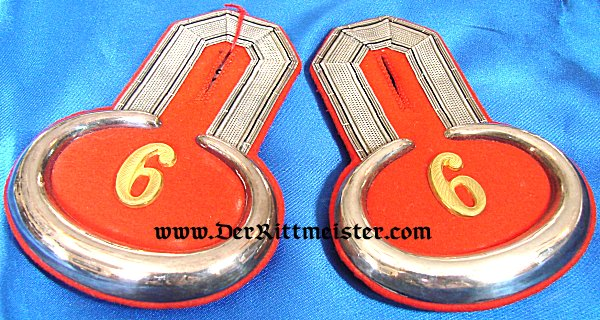 PAIR OF LEUTNANT EPAULETTES IN PIONIER-Bataillon Nr 6. - PRUSSIA - Imperial German Military Antiques Sale