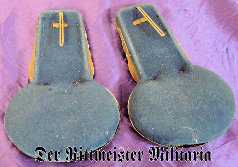 PAIR OF ENLISTED MAN EPAULETTES - GARDE-REITER-REGIMENT - SAXONY - Imperial German Military Antiques Sale