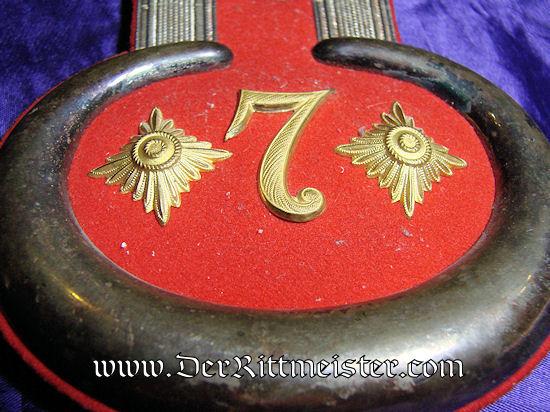 PAIR OF HAUPTMANN EPAULETTES IN ORIGINAL STORAGE BOX - PIONIER-Bataillon Nr 7 - PRUSSIA - Imperial German Military Antiques Sale