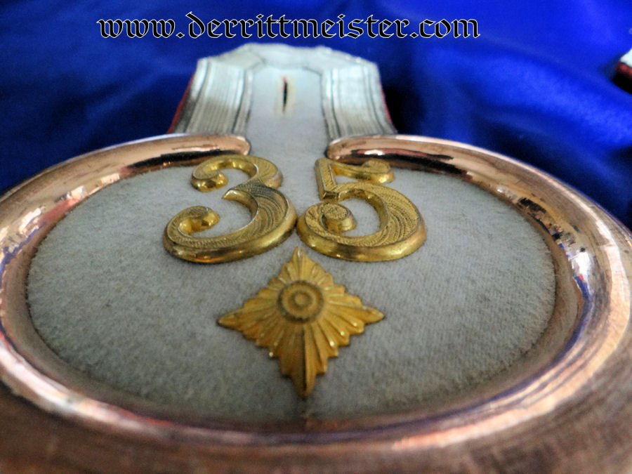 BEZERKSKOMMANDO Nr 35 OBERLEUTNANT'S EPAULETTES - PRUSSIA - Imperial German Military Antiques Sale