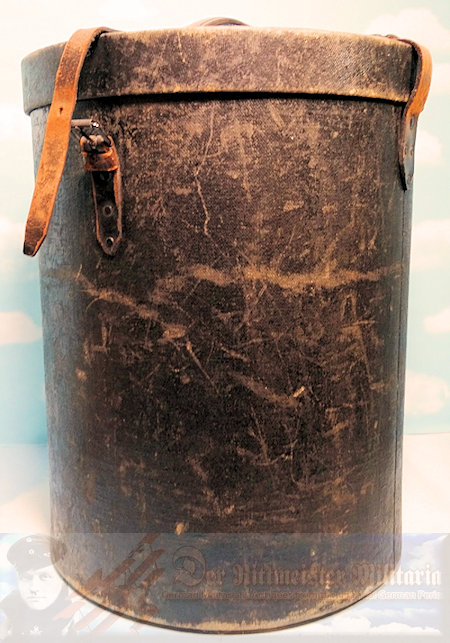 STORAGE CASE - PICKELHAUBE/KUGELHELM - W/SPECIAL PARADE EPAULETTES SECTION - Imperial German Military Antiques Sale