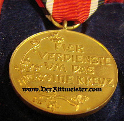 RED CROSS MEDAL 3rd CLASS - ORIGINAL PRESENTATION CASE - Imperial German Military Antiques Sale