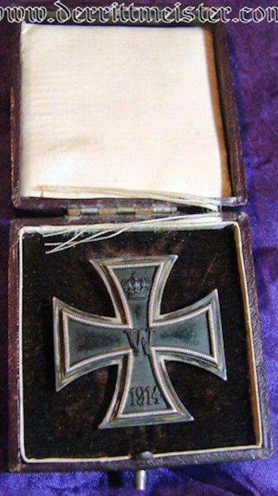 NON VAULTED 1914 IRON CROSS 1st CLASS - HALLMARKED .925 SILVER - ORIGINAL PRESENTATION CASE - Imperial German Military Antiques Sale