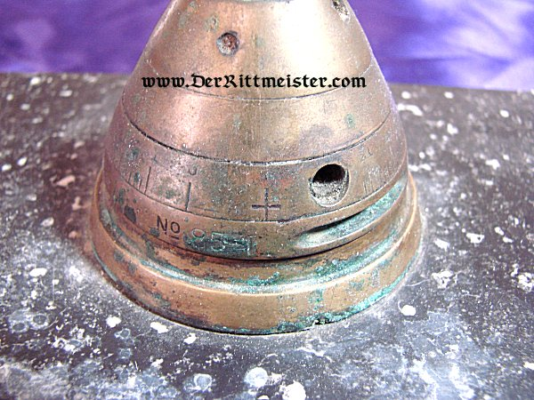 DESK PIECE MADE FROM A FUSE FROM AN ARTILLERY SHELL - Imperial German Military Antiques Sale