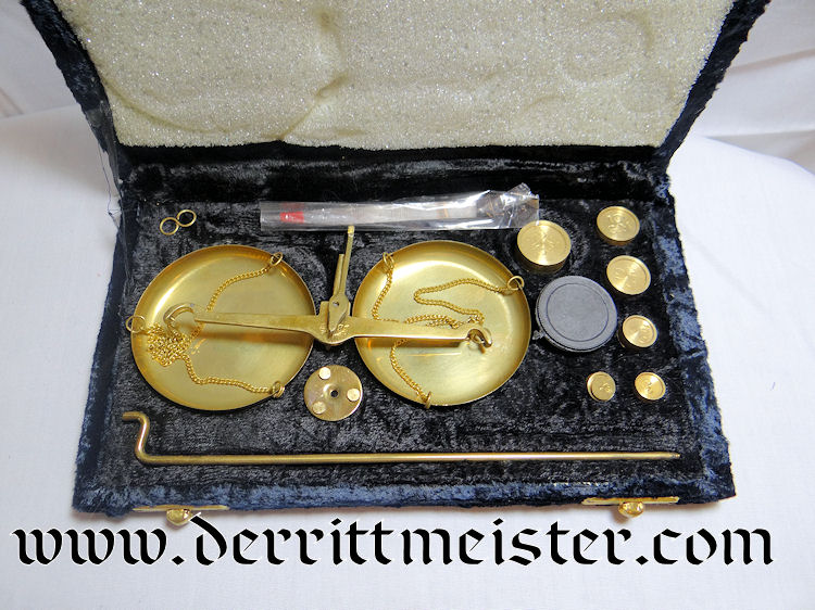 JEWELER'S SCALE - Imperial German Military Antiques Sale
