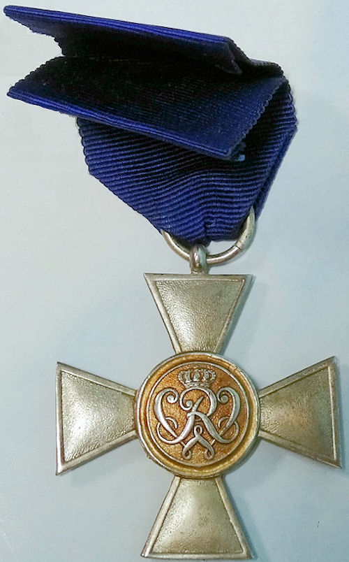 OFFICER'S TWENTY-YEAR LONG-SERVICE MEDAL - PRUSSIA - Imperial German Military Antiques Sale