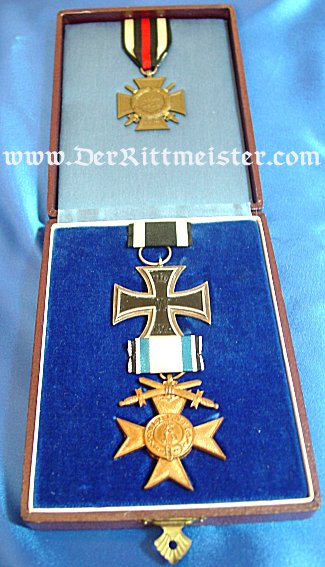 THREE DECORATION GROUPING, INCLUDING 1914 IRON CROSS 2nd CLASS - ORIGINAL PRESENTATION CASE - BAVARIA - Imperial German Military Antiques Sale