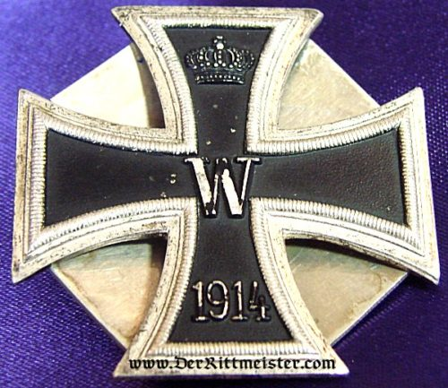 1914 IRON CROSS 1st CLASS - THREE-PIECE SCREWBACK WITH AN IRON-CROSS-SHAPED BACKING PLATE - Imperial German Military Antiques Sale