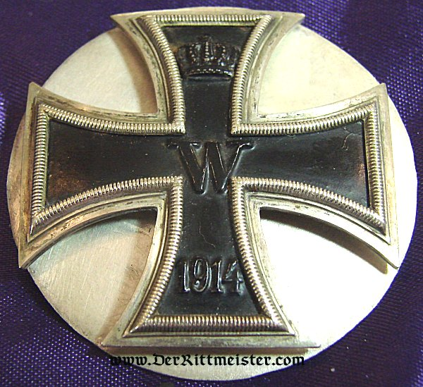 IRON CROSS - 1914 - 1st CLASS ENGRAVED - TWO-PIECE SCREWBACK - Imperial German Military Antiques Sale