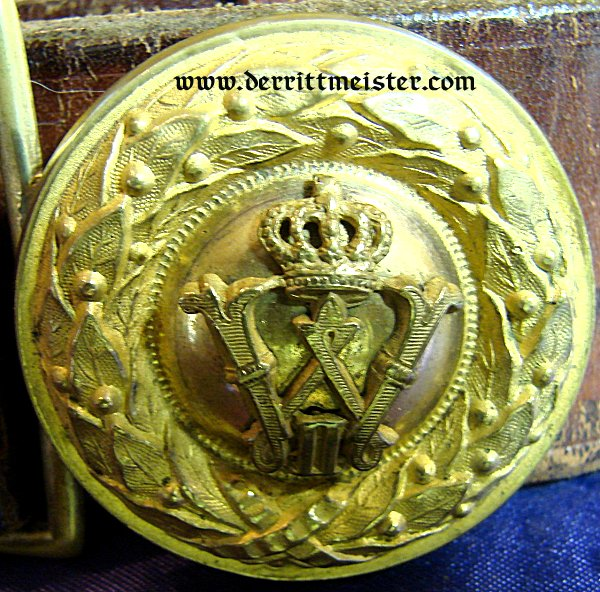 INFANTERIE OFFICER BELT BUCKLE AND BELT - PRUSSIA - Imperial German Military Antiques Sale