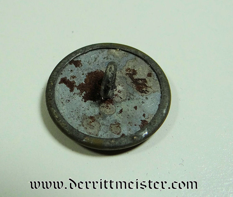 SINGLE GEFREITER M-1915 COLLAR DISC - Imperial German Military Antiques Sale