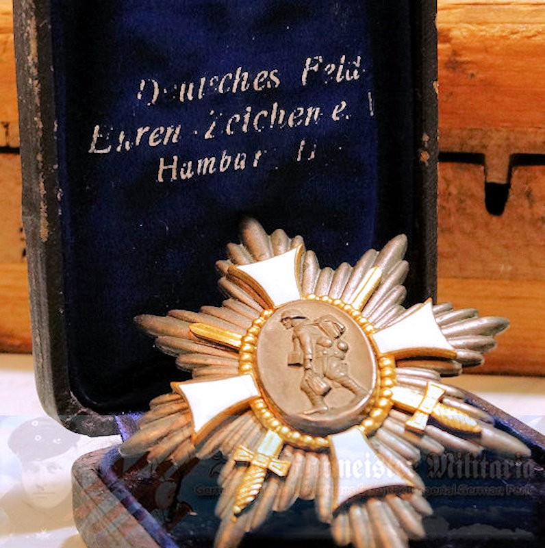 HAMBURG FIELD CROSS - DOCUMENT AND DECORATION - ORIGINAL PRESENTATION CASE - Imperial German Military Antiques Sale