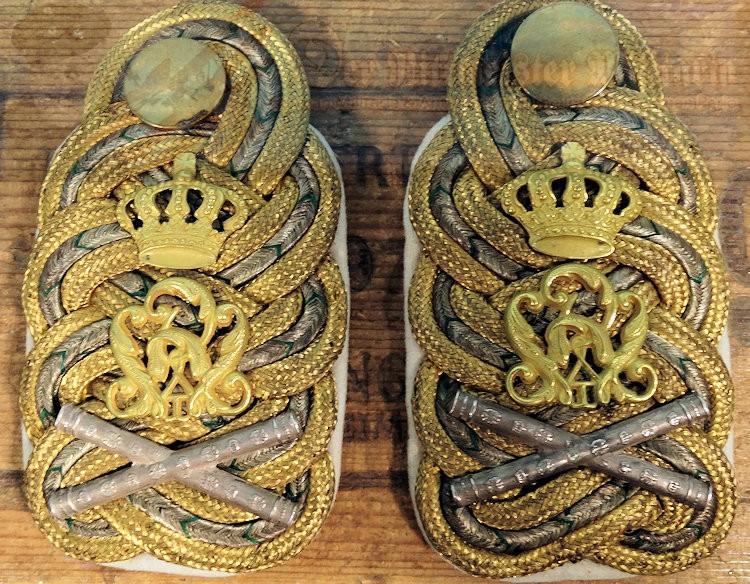 SAXONY - SHOULDER BOARDS - GENERALFELDMARSCHALL'S -KING FRIEDRICH AUGUST III - INFANTERIE-REGIMENT NR 101 - Imperial German Military Antiques Sale