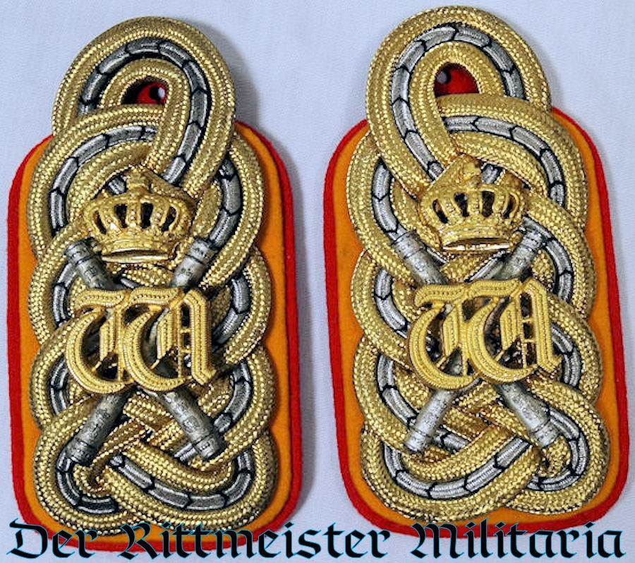 KAISER WILHELM II'S GENERALFELDMARSCHALL SHOULDER BOARDS AS 3. GARDE-ULANEN-REGIMENT'S REGIMENTAL CHEF. - Imperial German Military Antiques Sale