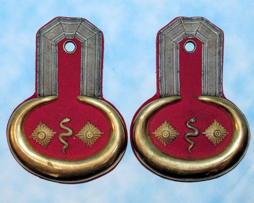 BAVARIA - EPAULETTES - STABSARZT - Imperial German Military Antiques Sale