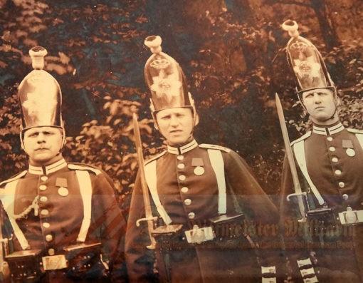 MITRE - RUSSIAN-STYLE - ENLISTED MAN - ERSTE GARDE REGIMENT ZU FUß BATAILLON NR I - KAISER ALEXANDER GARDE GRENADIER REGIMENT NR. 1 - Imperial German Military Antiques Sale