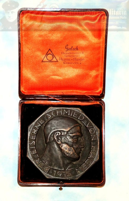 TABLE MEDAL - ORIGINAL PRESENTATION CASE - Imperial German Military Antiques Sale