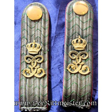 SAXONY - SHOULDER BOARDS - LEUTNANT- INFANTERIE-REGIMENT Nr 106